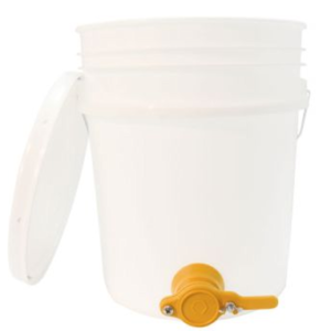 Honey Bucket w/gate